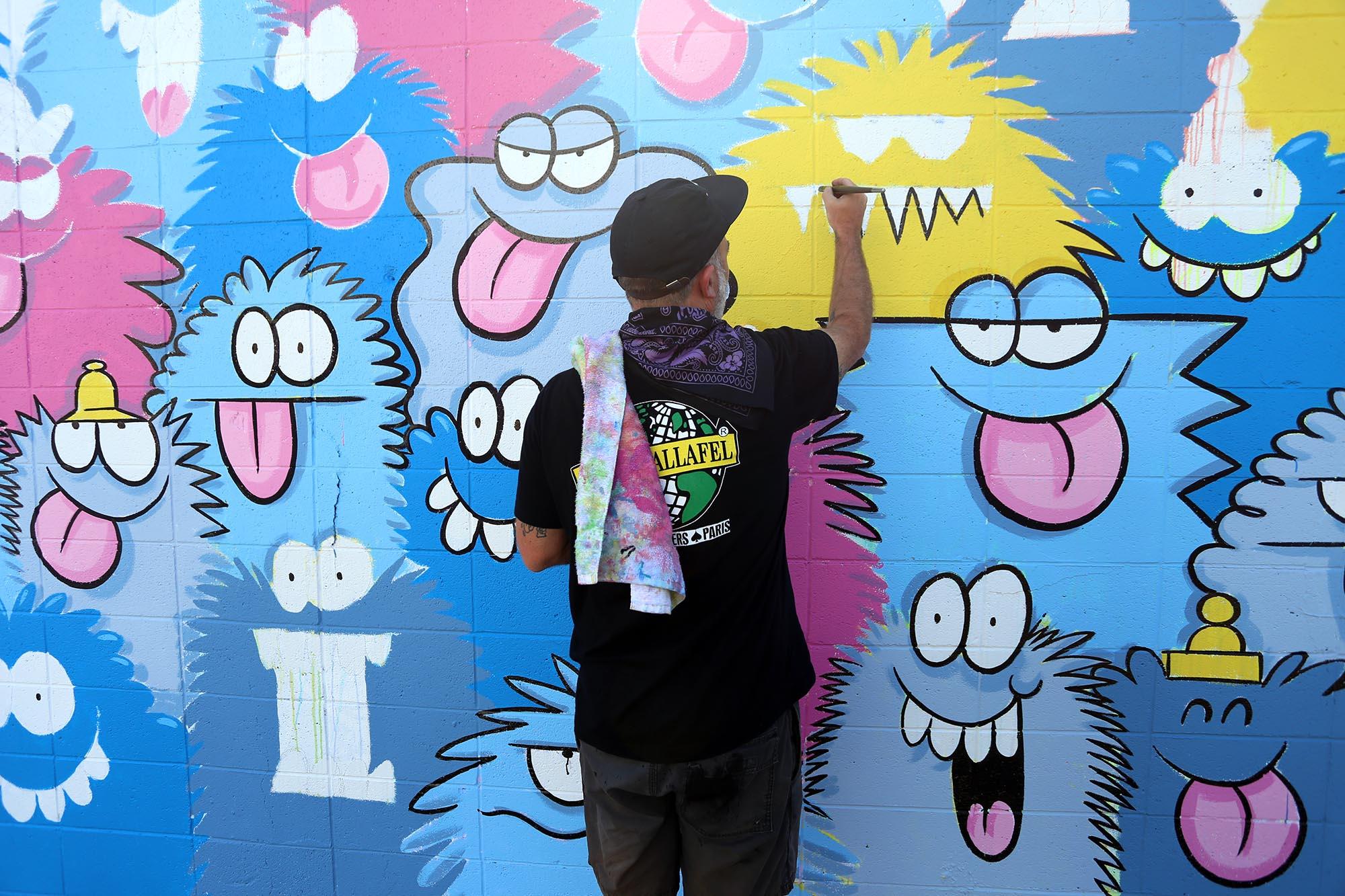 kevin lyons pow wow festival grafite mural 2016 (2)