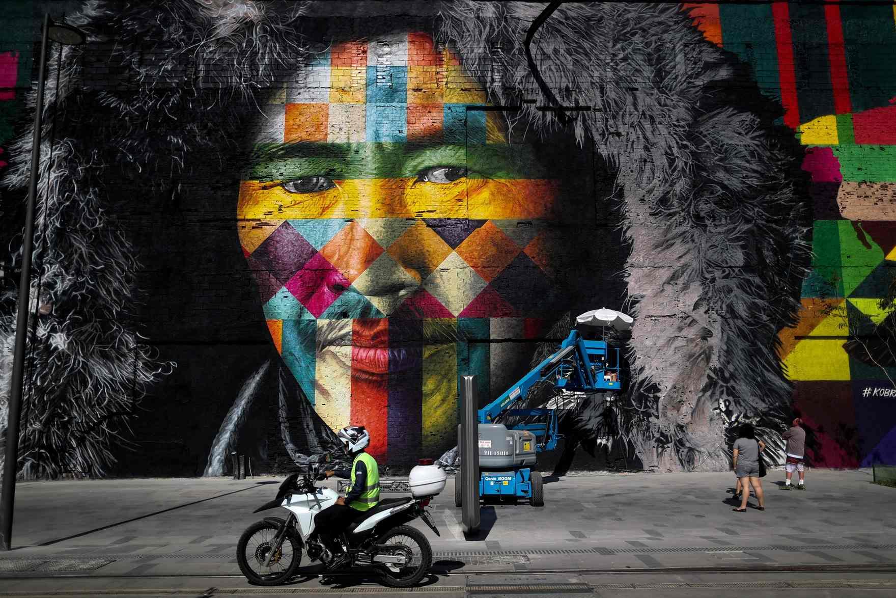 mural eduardo kobra rio de janeiro las etnias olimpiadas 2016 maior graffiti do mundo (5)