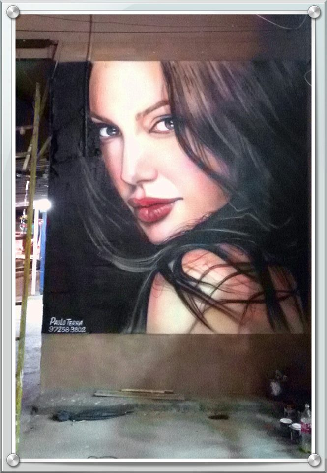paulo terra graffiti realismo mural angelina jolie