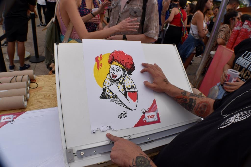 dionisio.ag coala festival marcio moreno tnt energy drink cartazes resistnt (13)