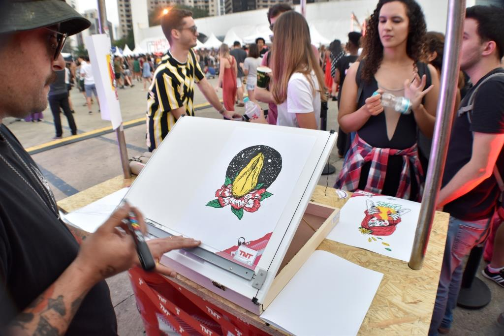 dionisio.ag coala festival marcio moreno tnt energy drink cartazes resistnt (2)