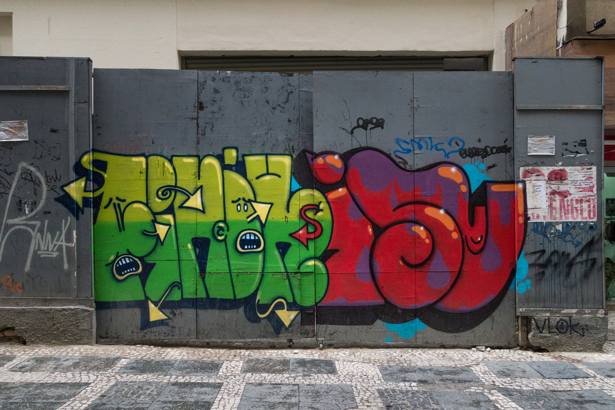 ise-grafite-letra-dionisio-arte-09