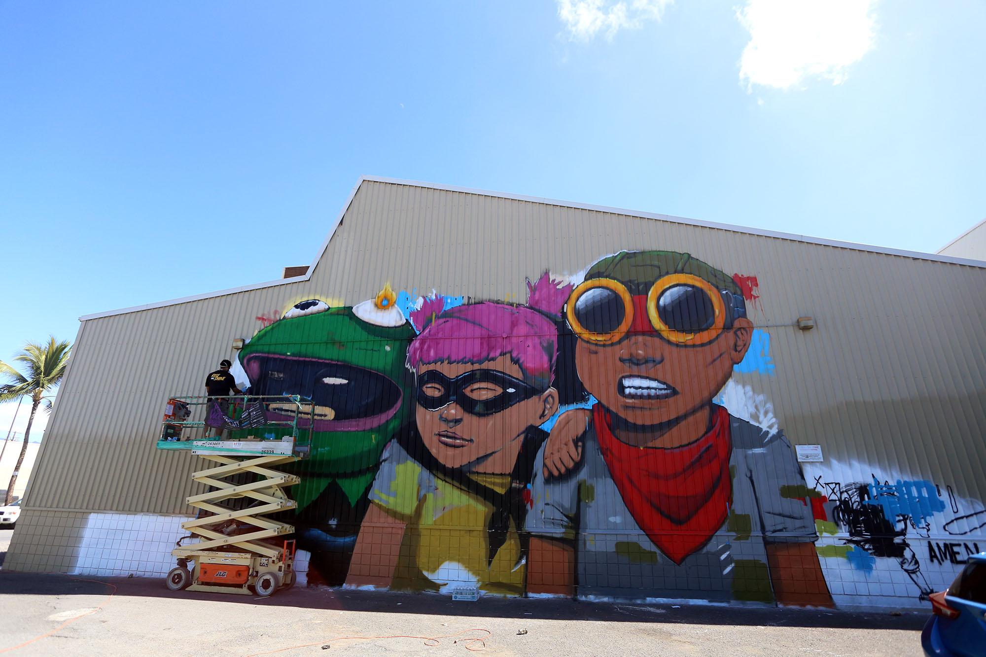 pow wow 2016 hawaii hebru brantley grafite mural dionisio arte (3)