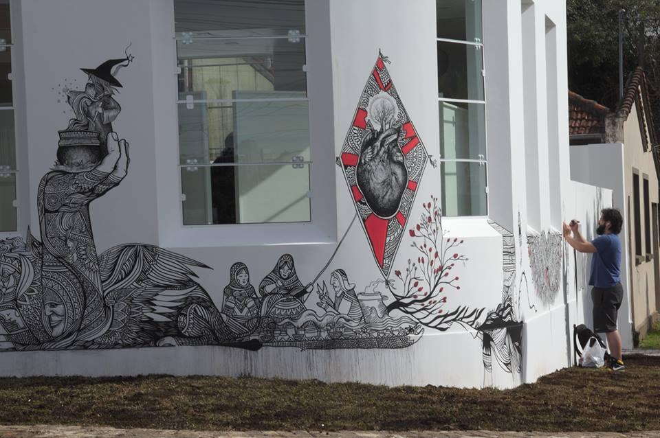 ezekiel-moura-ilustre-z-graffiti-mural-ilustração-preto-e-branco-magia-1
