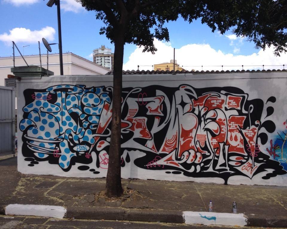 titi freak graffiti sp street art (14)