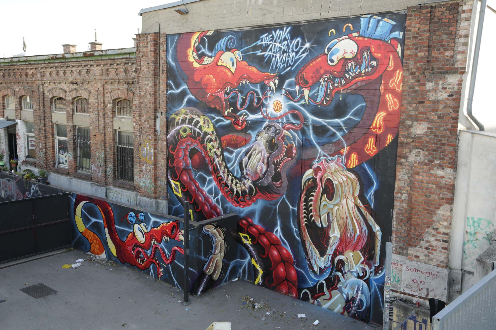 yok-sheryo-graffiti-cartoon-skateboard-2
