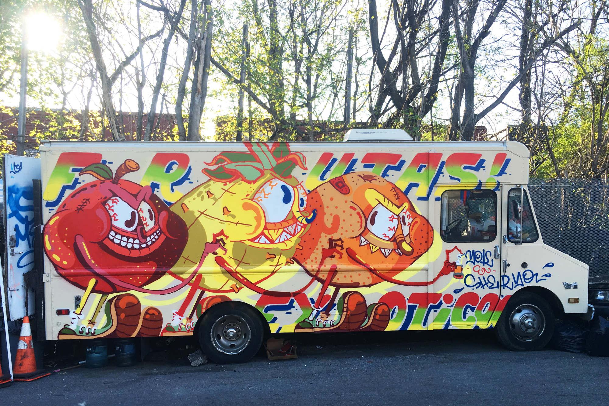 yok-sheryo-graffiti-cartoon-skateboard-5