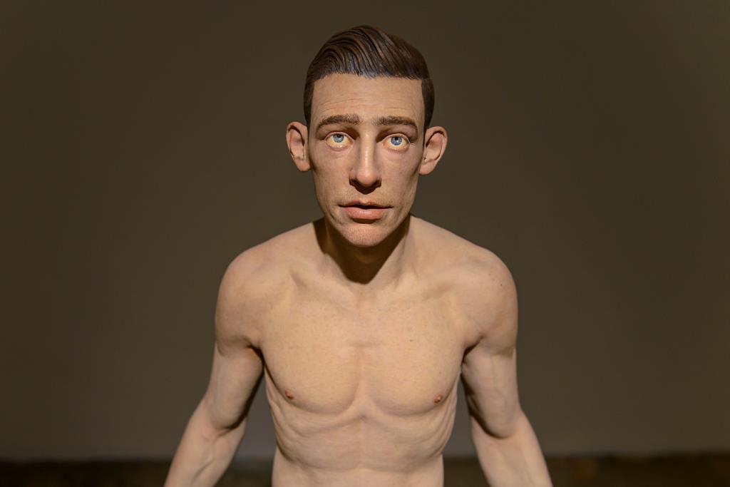 giovani-caramello-escultura-3d-dionisio-arte-hiperrealismo-7.jpg