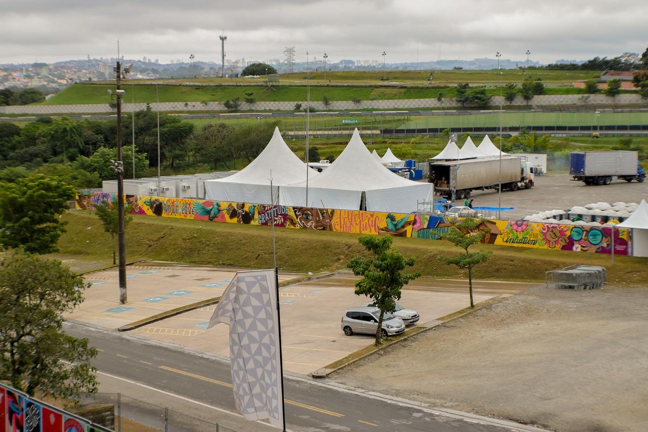 dionisio.ag mural lollapalooza 2018 ronah carraro pardal agatha de faveri dia 3 (1)
