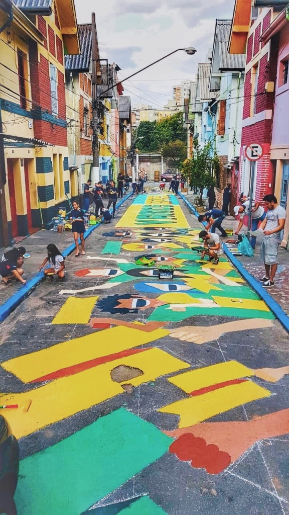 dionisio.ag coral pinta brasil mullenlowe copa do mundo pintura de rua (1)
