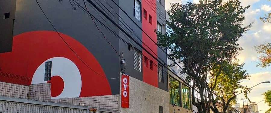 dionisio.ag-oyo-rooms-logo-hotel-santana-3.jpg